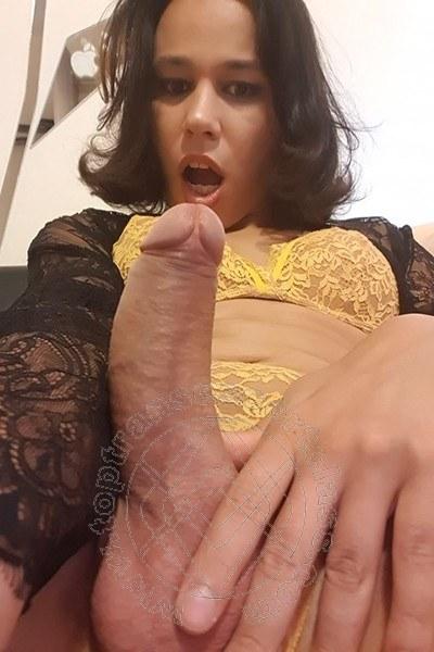 Trav Escort Larissa Cardoso  selfie hotTrav Escort -1